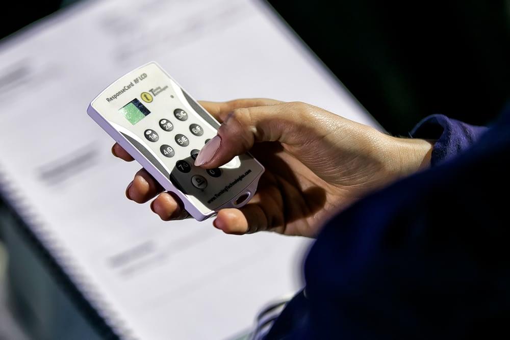 Systemy do głosowań - Brill AV Media