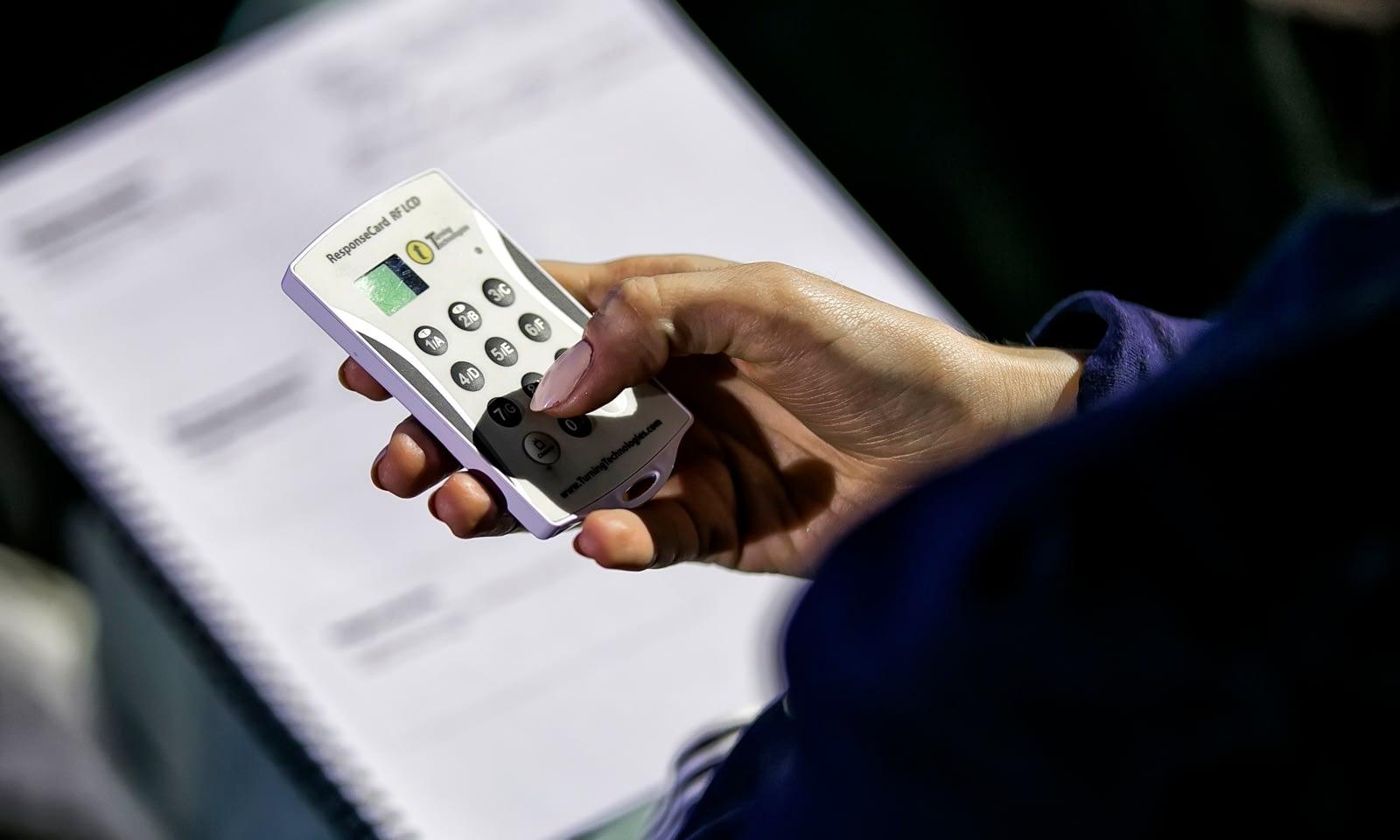 Voting / polling systems Brill AV Media