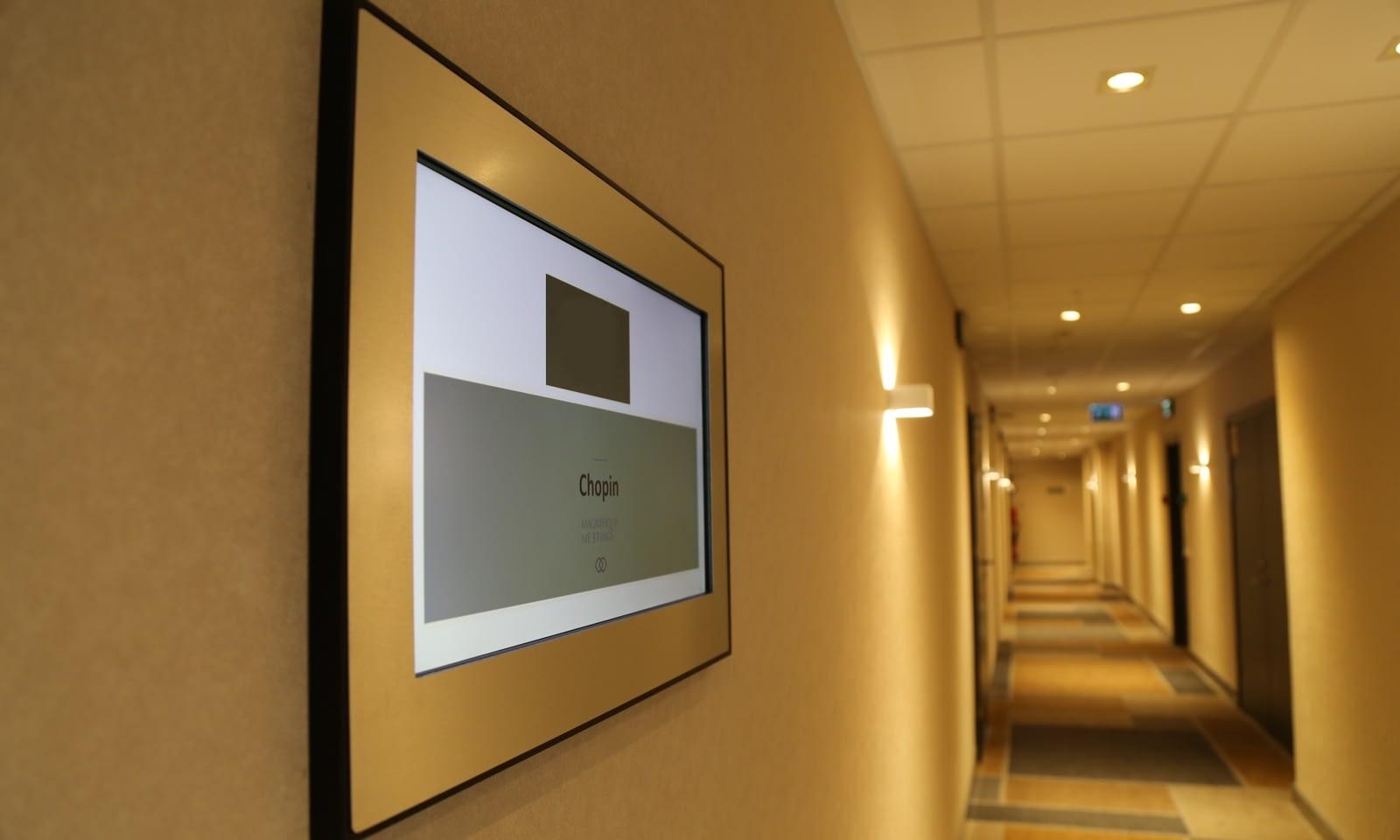 Instalacja systemu AV w hotelu Sofitel Warszawa Victoria Brill AV Media